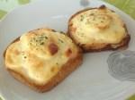 Toasts aux oeufs durs et aux crevettes