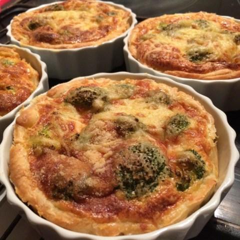 petites-quiches-au-brocoli-et-au-fromage