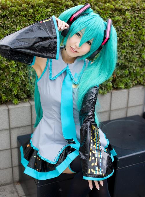 hatsunemiku-cosplay