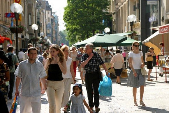Photo of La Grande Braderie de Luxembourg-ville : des affaires à petit prix !