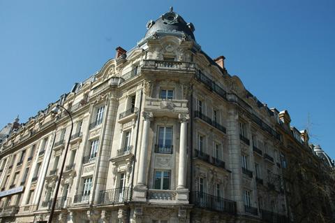 quartier-imperial-place-raymond-mondon-metz
