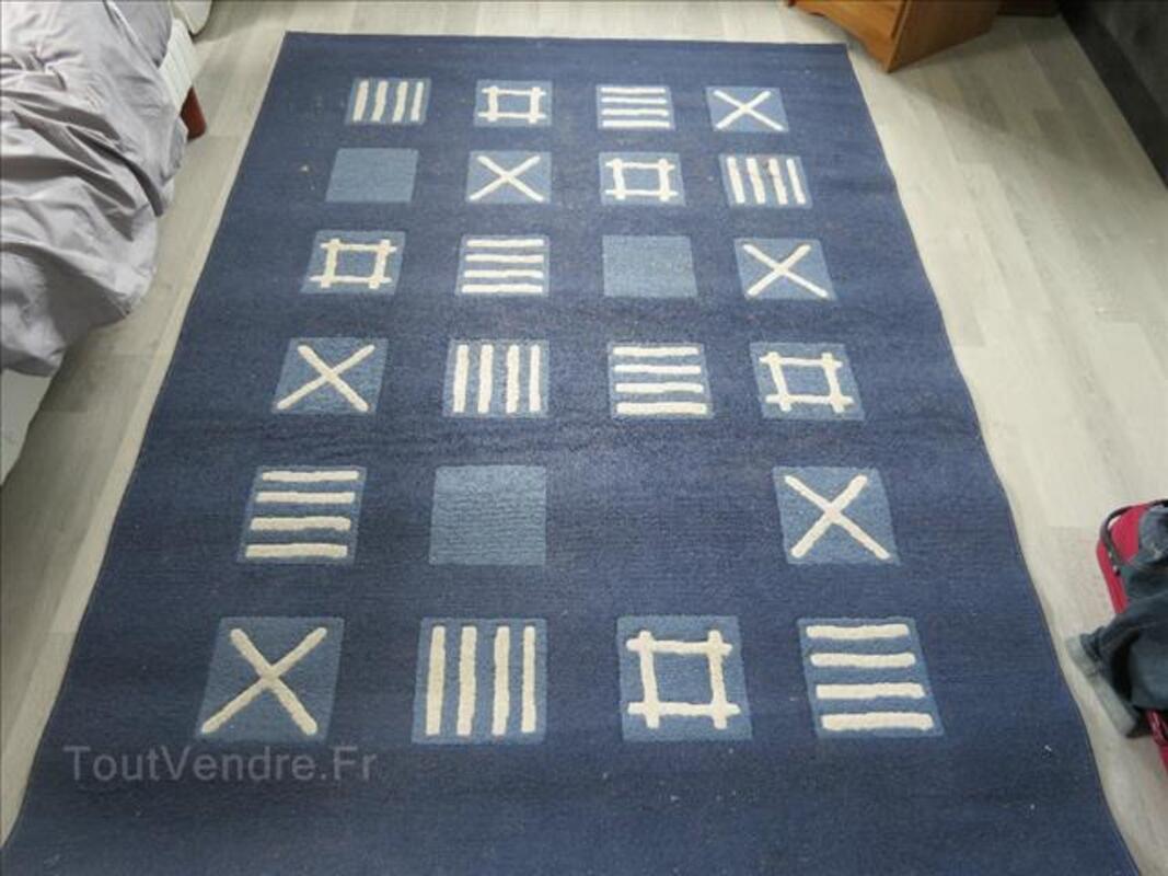 tapis bleu ikea gamborg flaucourt 80200