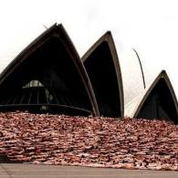 Thousands Gather for Nude Photo Shoot at Sydney Opera House