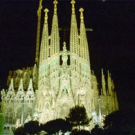 Barcelona to Erect Monument to LGBT People, May be Located Next to Famous Gaudi 'Sagrada Familia' Basilica