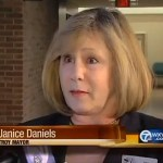 Troy, MI Mayor Janice Daniels Compares Homosexuality to Smoking, Says It's 'Dangerous', Faces Recall: VIDEO