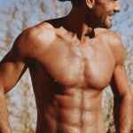 Tim McGraw Wants You to Know He's Looking Good: VIDEO