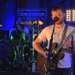 Kings of Leon Cover Robyn's 'Dancing on My Own': VIDEO