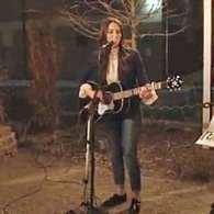 Singer-Songwriter Sara Bareilles Serenades A Lesbian Proposal In 'I Choose You': VIDEO