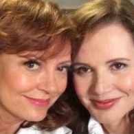Susan Sarandon and Geena Davis Remake 'Thelma and Louise' Selfie: PHOTO