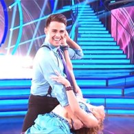 'Mean Girls' Alum Jonathan Bennett Makes His Debut On 'Dancing With the Stars': VIDEO
