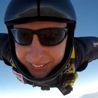 iPhone 6 Proves Its Merit, Survives Death-Defying Plunge From 7,000 Feet: VIDEO