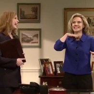 Hillary Clinton Makes Her Announcement…on SNL: VIDEO