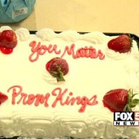 Walmart Refused to Write 'Gay' on Cake Celebrating Gay-Straight 'Promposal' – VIDEO