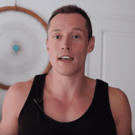 Davey Wavey's Perfect Response to Straight Guys Worried About 'Gay' Rose Gold iPhones: WATCH