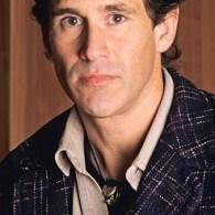 News: Twin Peaks, John Stamos, Hamilton, NACHO, Jonathan Groff