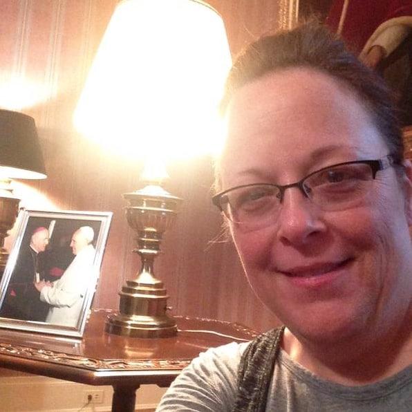 Kim Davis in VAtican Embassy