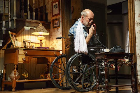 Misery Broadway review Broadhurst Theatre