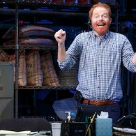 Jesse Tyler Ferguson Is 'Fully Committed' on Broadway: REVIEW