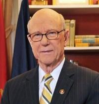 Pat_Roberts_official_Senate_photo