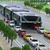 New Chinese Bus is Designed to Eat Traffic Jams for Lunch: WATCH
