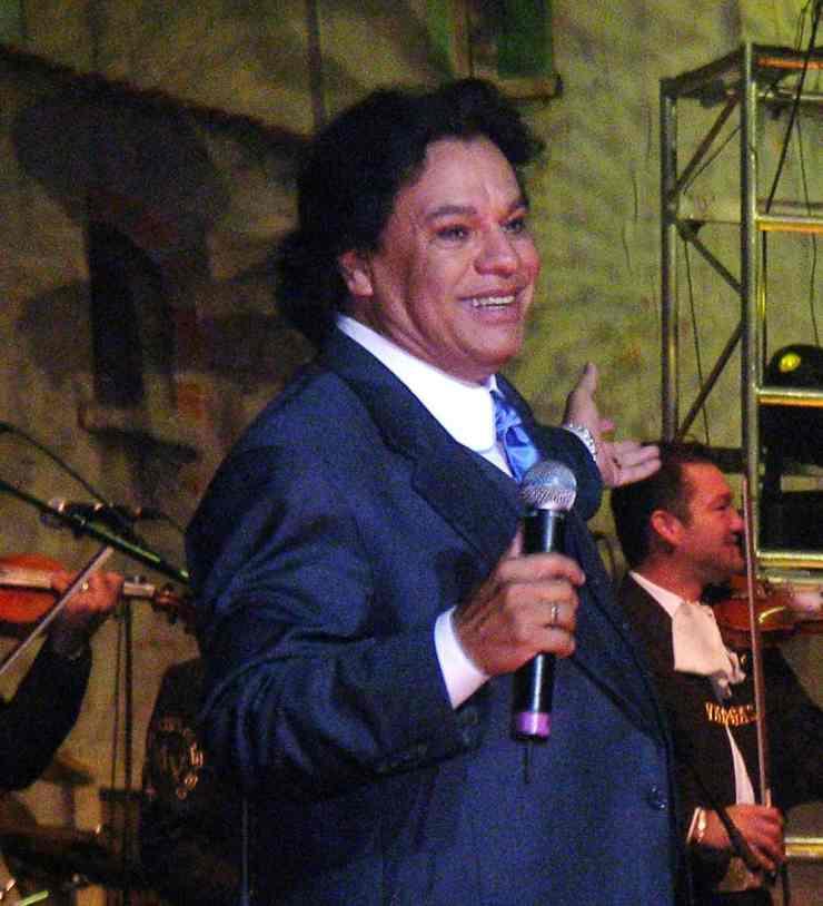 Juan Gabriel public domain image