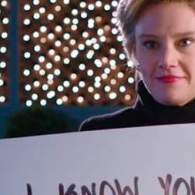 SNL's Hillary Clinton Uses 'Love Actually' Campaign to Woo an Elector: WATCH