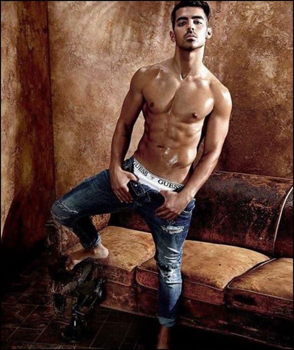 Joe Jonas Guess