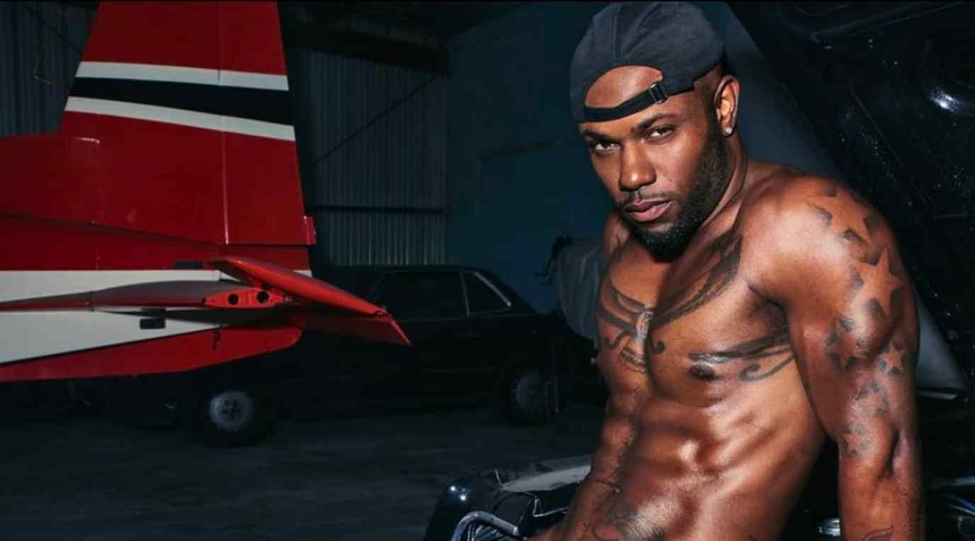 Gay Love And Hip Hop Star Milan Christopher Gets Fully Naked In