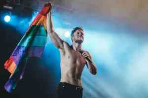dan reynolds gay