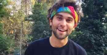 Jake Borelli gay