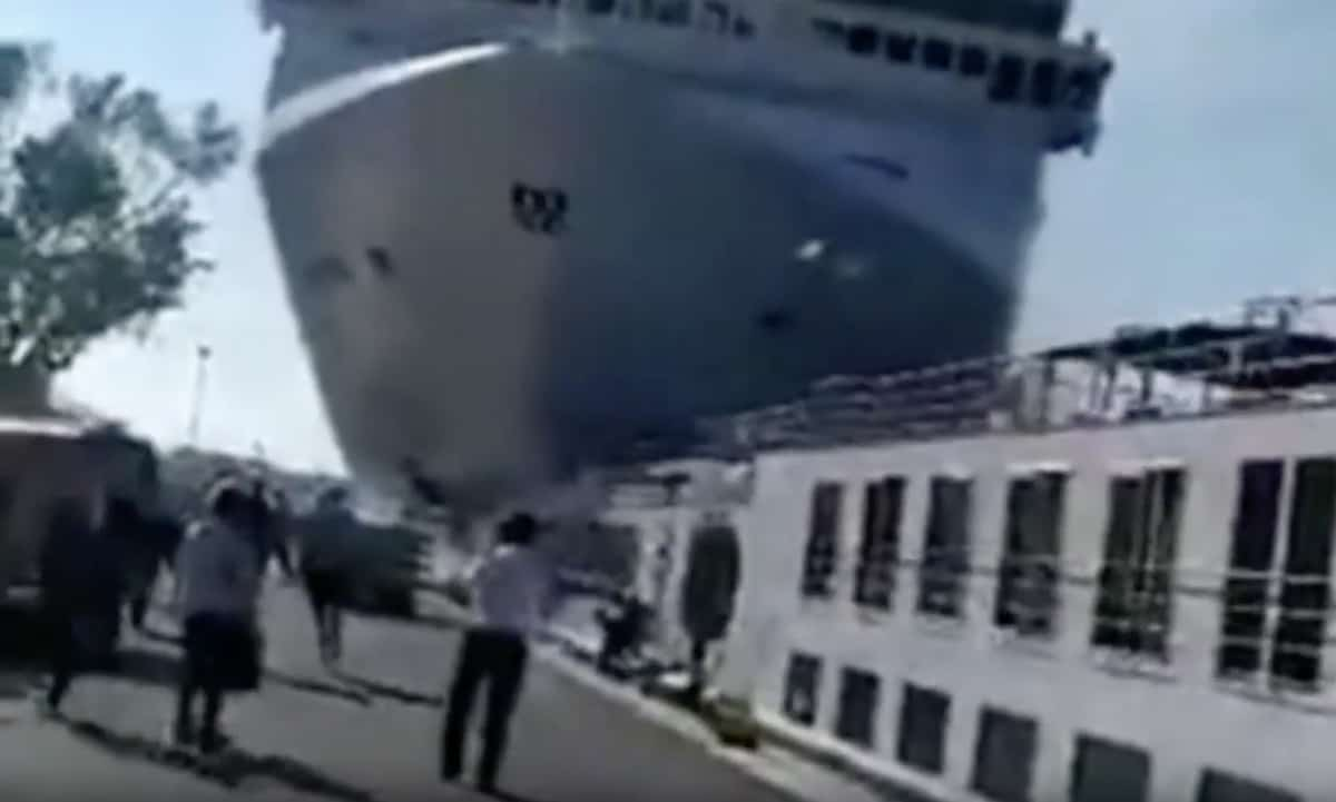Venice cruise ship crash