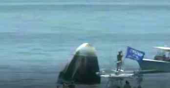 dragon capsule trump boat