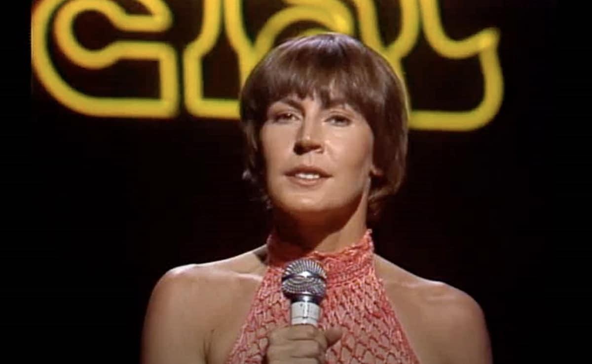 Helen Reddy, I Am Woman Singer, Dies At Age 78 - CBS Los