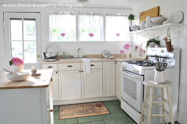 Summer Inspiration Decor in the Kitchen  Town  Country