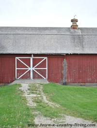 Midwestern Rustic Red Barn - Town & Country Living