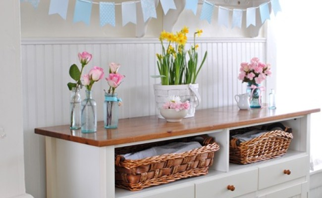 Spring Decorating In A Farmhouse Kitchen Town Country
