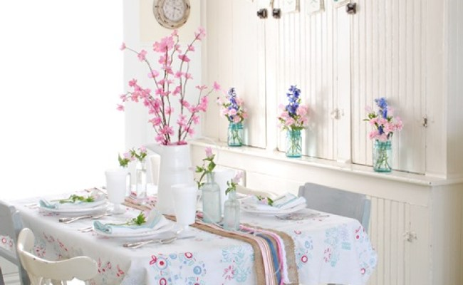 Spring Decorating In A Farmhouse Dining Nook Town