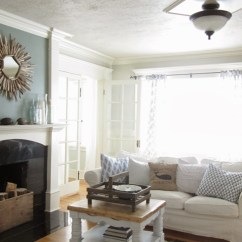 How To Decorate A Living Room With Fireplace Ideas Pictures Charming Elegant Cottage ~ The Wicker House - Town ...
