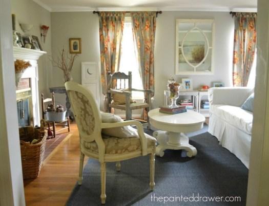 Home Decor Vintage Finds In Living Room
