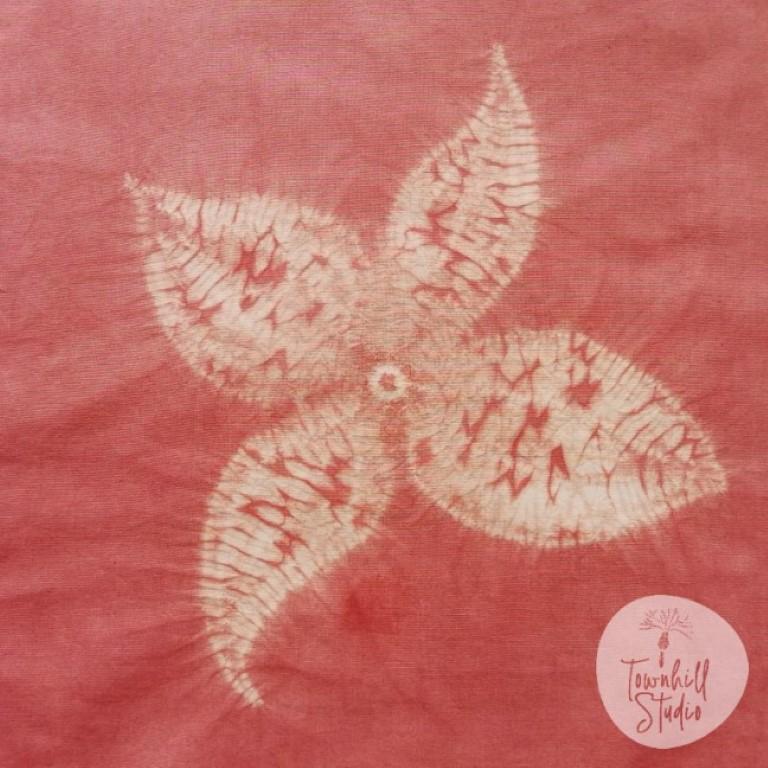 shibori stitch with madder dye