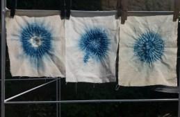 3 Fresh indigo blue and white shibori patterns using a pipette