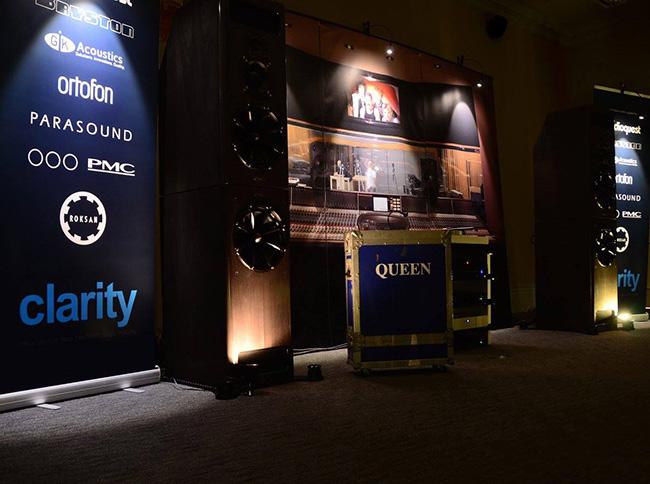 Clarity-AlliancePMC-Queen-Townshend-Seismic-Podiums-NAS-2015