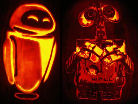 Wall-E and Eve Pumpkin