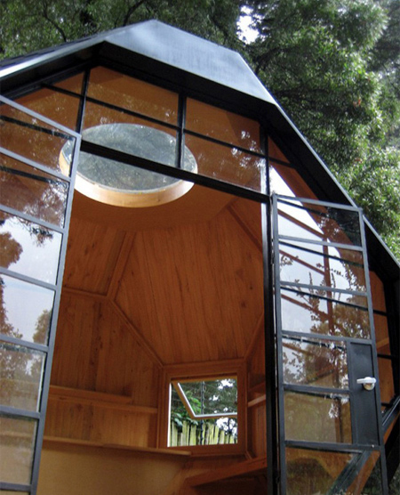 Compact Summer House