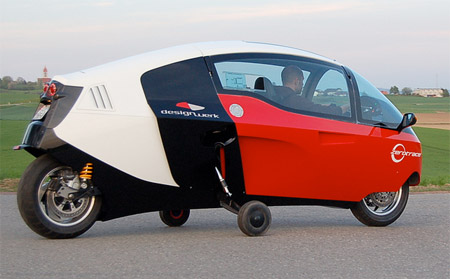 Fully Enclosed Electric Motorcycle