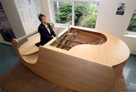 Rocking Piano