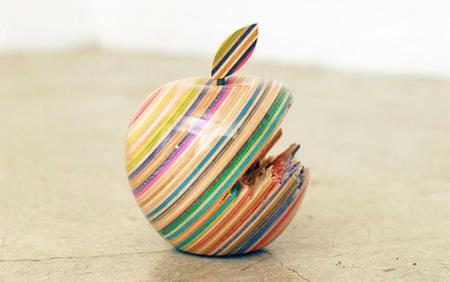 Skateboard Apple