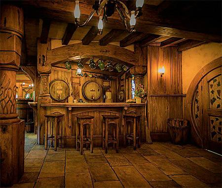 Hobbit Pub in New Zealand