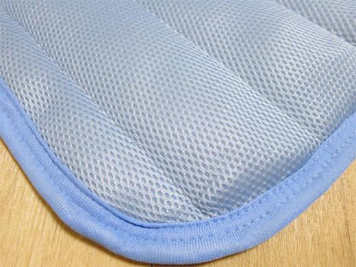 寝苦しい夏夜の味方 ニトリ 極冷感 敷きパッド 通気性抜群 洗濯OK