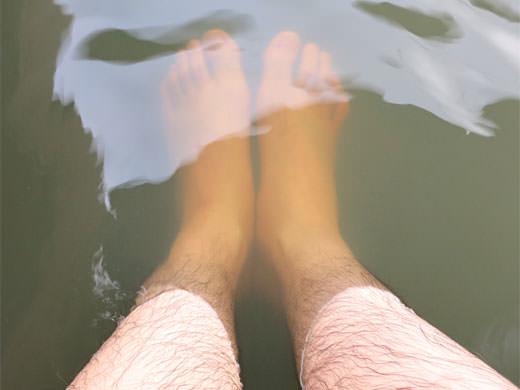 天然温泉 海王 道の駅近く源泉かけ流し潮の香り足湯